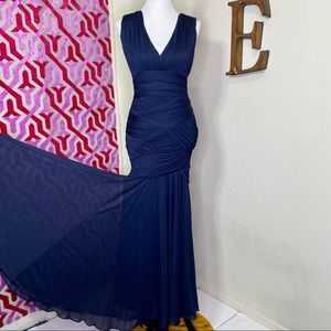 Halston Heritage stretch ruched gown navy Small